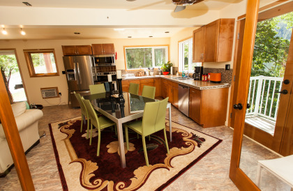 Cali Suite | Dining Room & Kitchen
